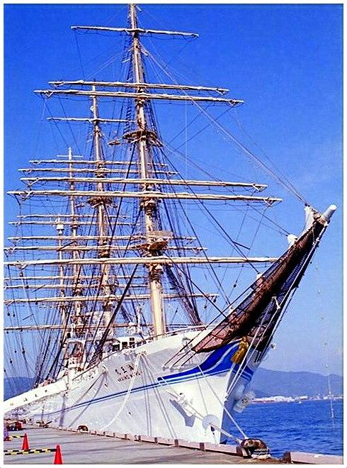 ship0011_R_R.JPG