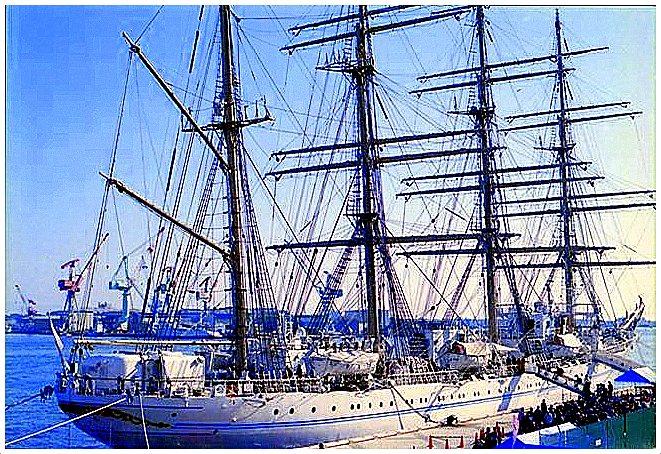 ship0015_R_R.JPG
